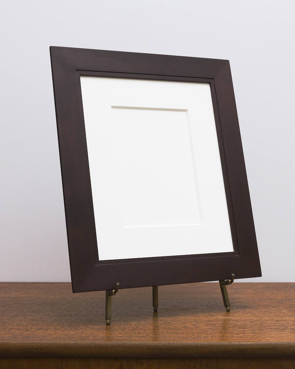 Manhassat Frame in Maple with Umber Stain